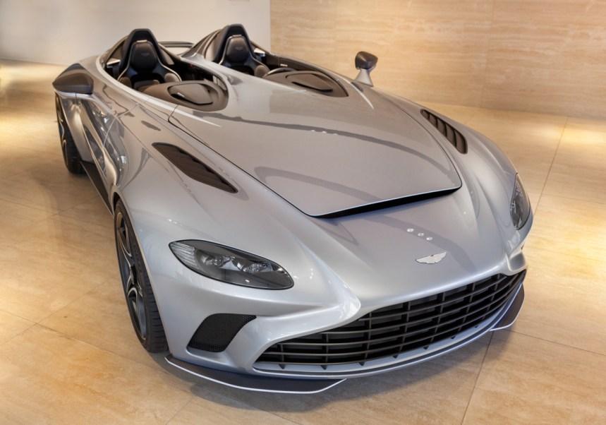 Indigo_Aston_Martin_V12_Speedster_1