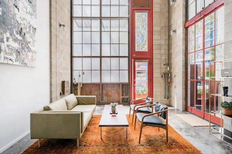 Airbnb Little Italy 2
