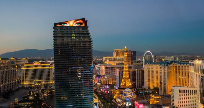 Photography Provided By: The Cosmopolitan