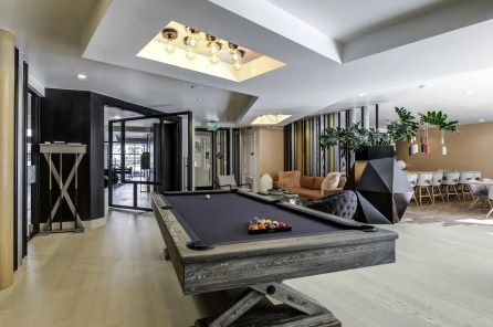 Skyloft Apartments-poi-005
