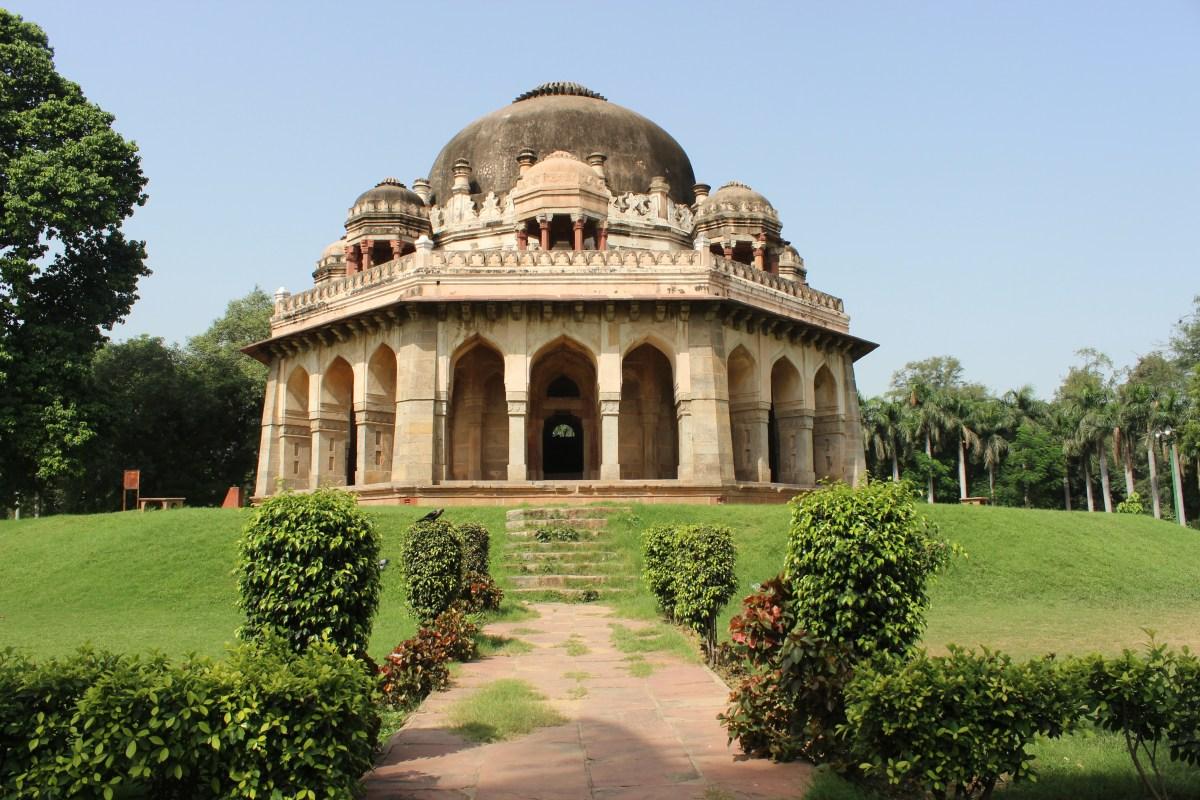 Review of Lodhi Garden, New Delhi - 81.5%