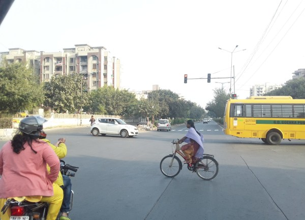 review of dwarka sector 6 new delhi residential locality