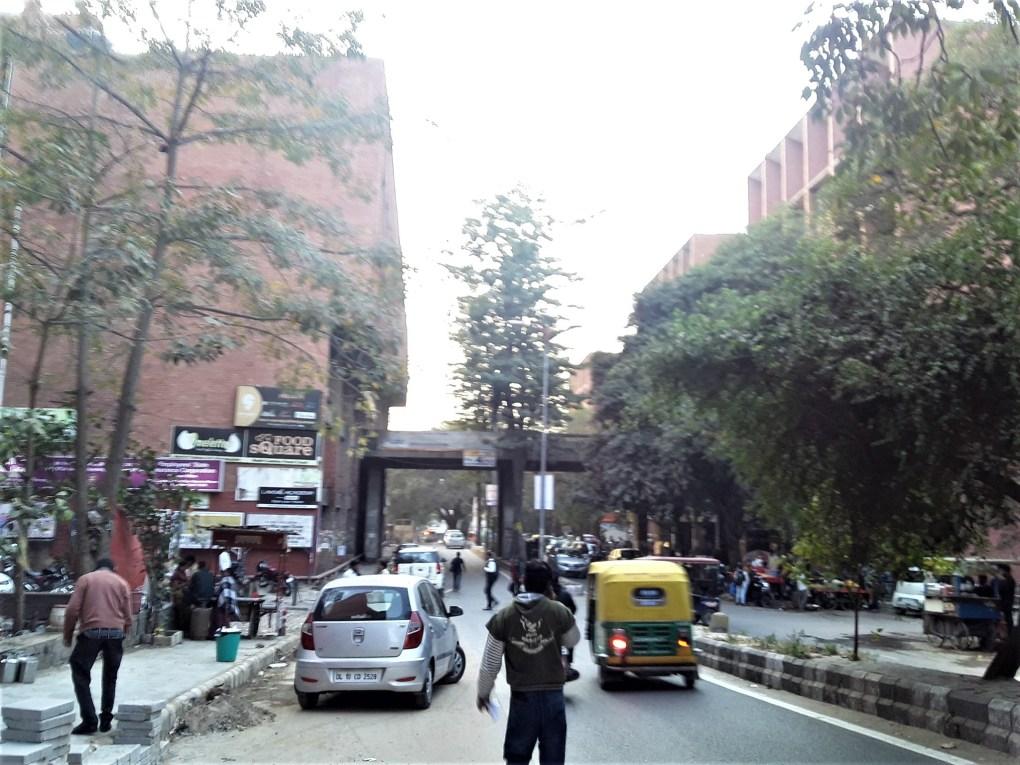 rajendra place connecting road new delhi local feedback