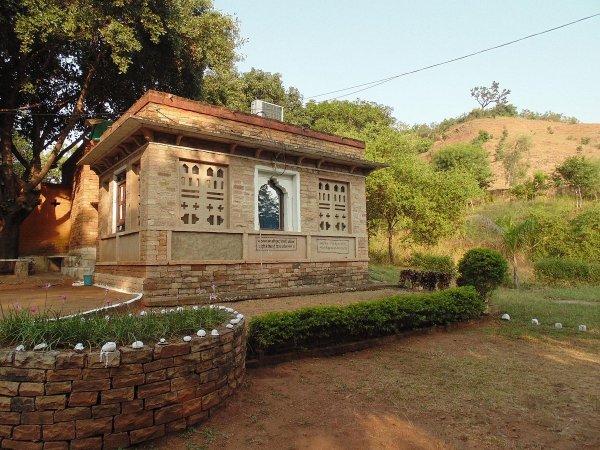 pranpur village amraee rural resort