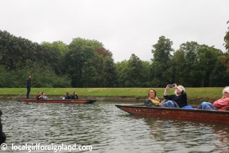 cambridge-punting-in-the-rain-2711