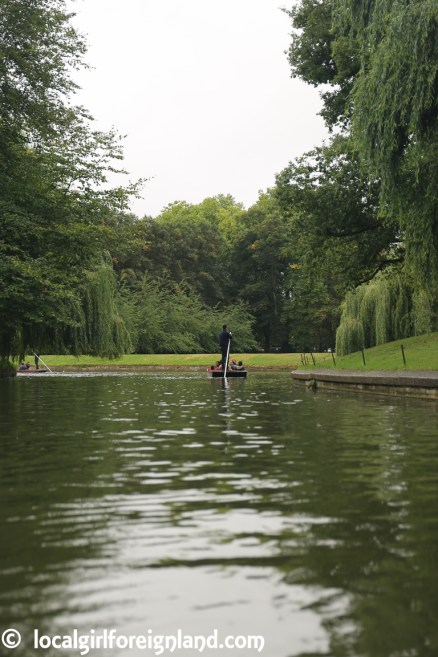 cambridge-punting-in-the-rain-2719