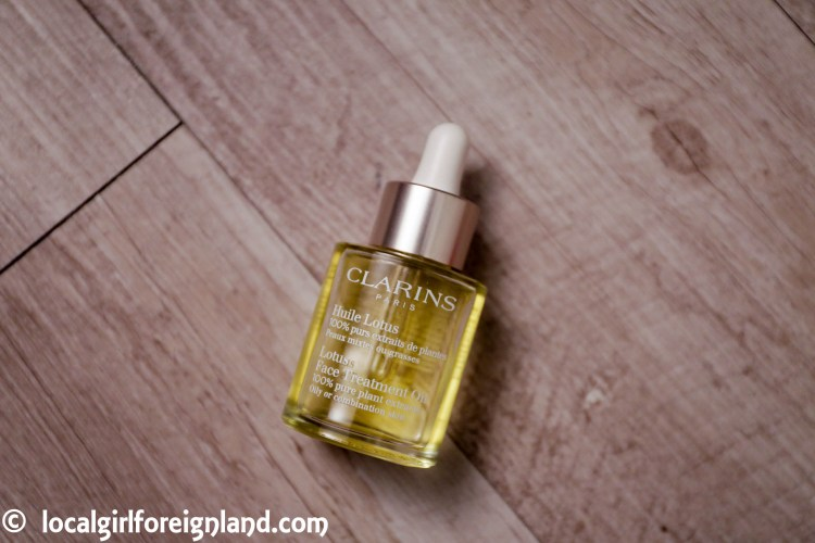 clarins-lotus-face-treatment-oil-8595.JPG