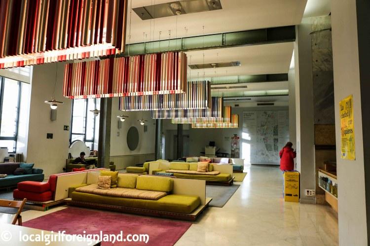 Inside Cibeles Palace (Madrid), 1st floor lobby