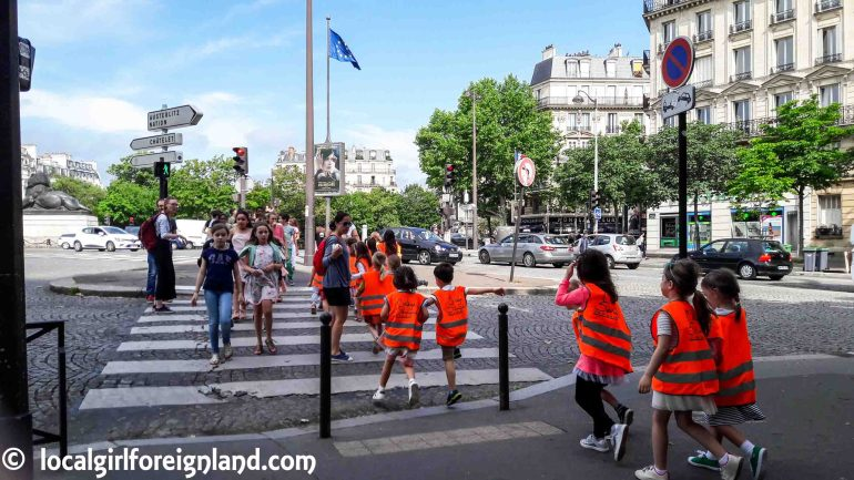 France-school-outing-paris-102252