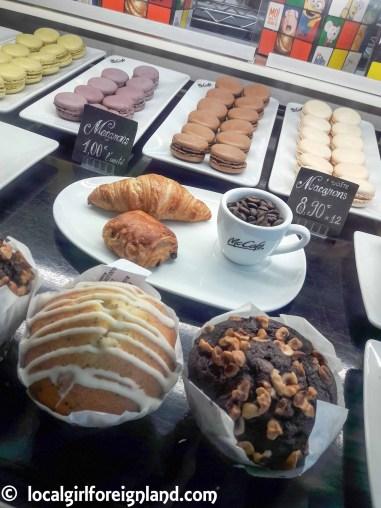 McCafe-france-macaroon-143604