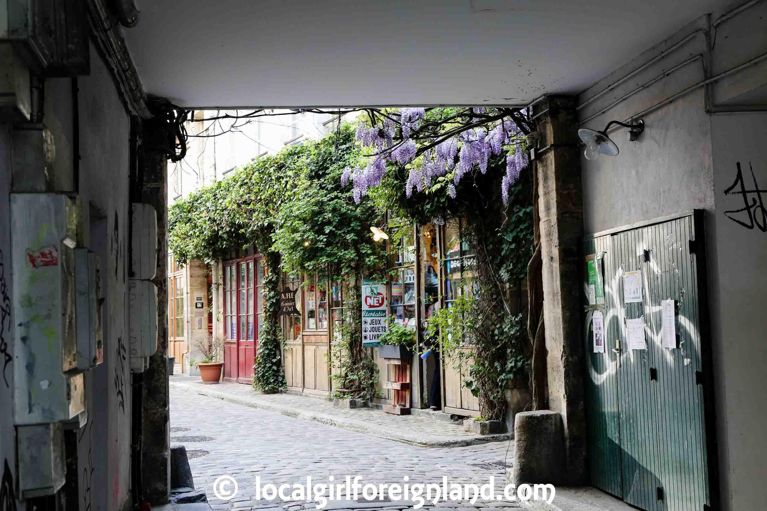 Hidden summer photo locations in Paris