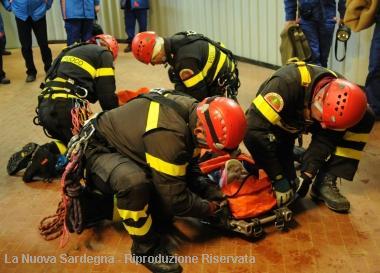 Vigili del fuoco col camice: il Consorzio Costa Smeralda dona loro un defibrillatore