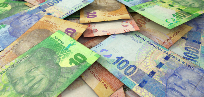 Local_Loan_South_African_rand_volatility_grows_as_economic_risks_gather