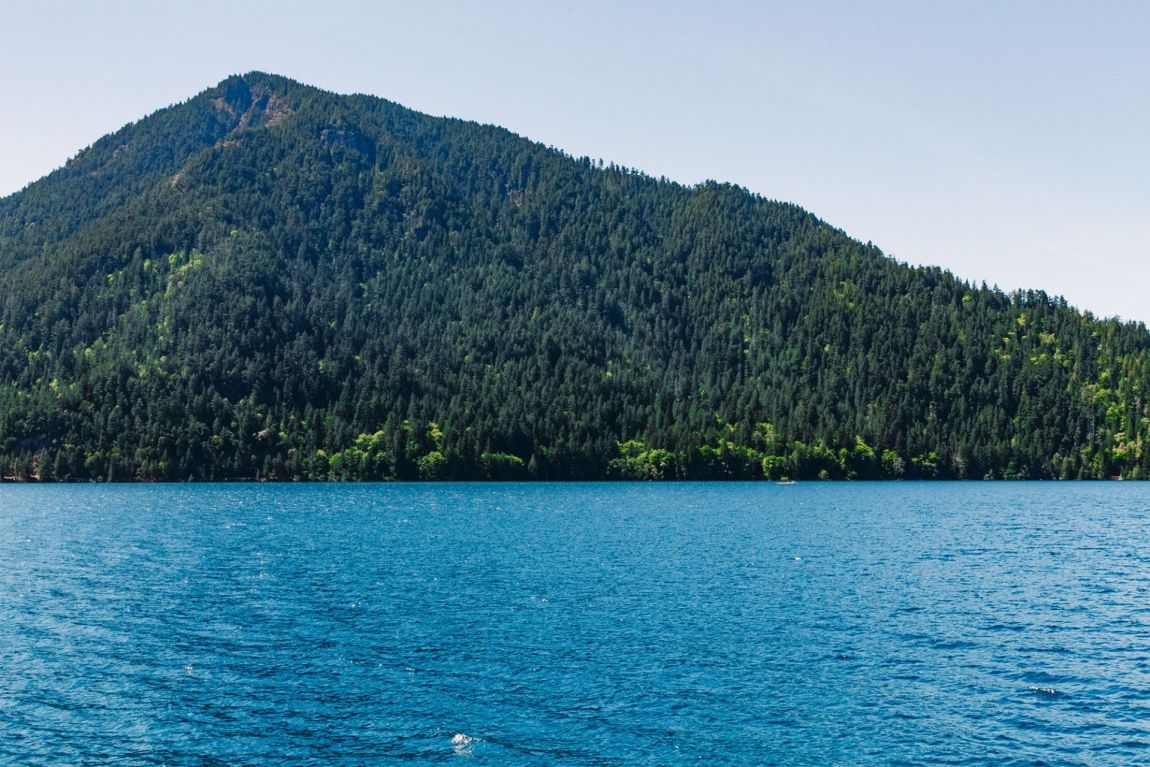 Crystal blue waters in Crescent Lake, Olympic National Park | Local Love and Wanderlust