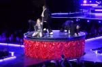 """Madonna dances with HK star Eason Chan on stage, """"kicks"""" his butt - 2"""