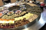 Massive steam-table seafood spread elicits excited exclamations - 4
