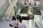 Chinese exercise extreme caution when riding escalators after mishap - 20