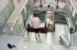 Chinese exercise extreme caution when riding escalators after mishap - 26