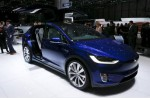 Singapore man buys Tesla in Hong Kong and brings it home - 5