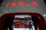 Singapore man buys Tesla in Hong Kong and brings it home - 9