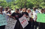 KL cabbies gather to protest Uber and GrabCar - 11