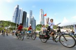 Thousands have fun on first Car-Free Sunday - 60
