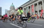 Thousands have fun on first Car-Free Sunday - 64