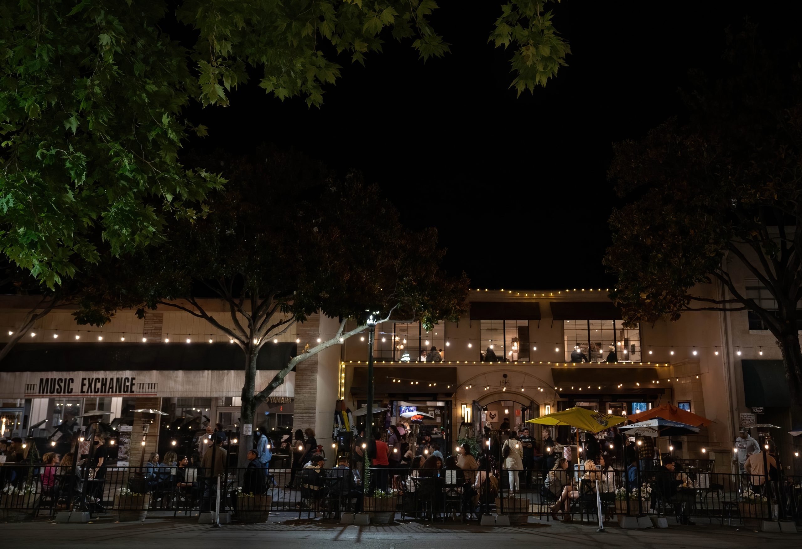 Walnut Creek restaurant owners, managers cautiously optimistic as industry fully reopens