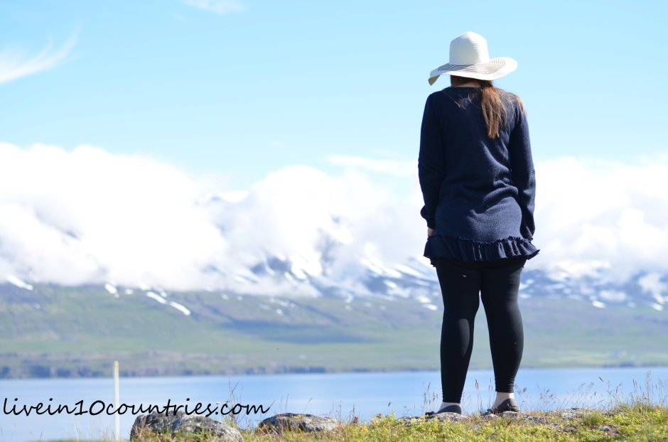 Iceland Scenery how can I afford to travel livein10countries