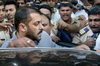Salman Khan being shielded from fan frenzy in Muzaffarnagar, UP