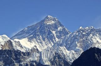 2 Indians go missing, 1 dies on expedition to Mount Everest