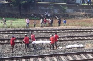 The women were hit by Bandra-Indore Express (Picture Courtesy: ANI)