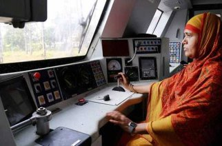 Loco pilot Mumtaz Kazi - one of the recipients of 'Nari Shakti Puraskaar'
