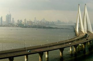 Bandra Worli sealink. Picture Courtesy: tripsbank.com