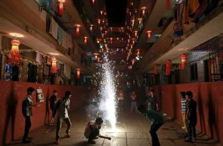 The High Court order does not stop individuals from bursting crackers (Representational Image. Courtesy: REUTERS/Danish Siddiqui)