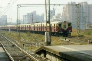 Harbour line's DC train.