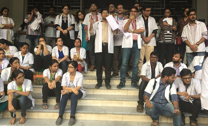 Over 4,500 doctors from Maharashtra lose registration for not serving in rural areas