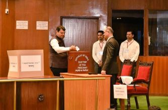 Maharashtra Chief Minister Devendra Fadnavis was among the first ones to cast his vote for the Presidential Election