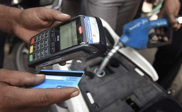 Pump owners to accept card payments till Jan 13 after government asks banks to defer charges