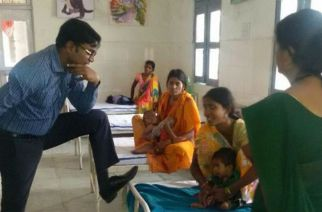 Photo od IAS officer Dr Jagdish Sonkar that went viral