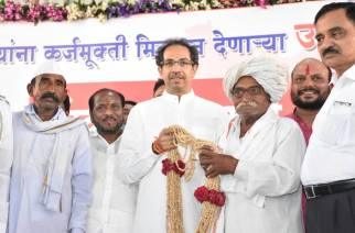 Sena chief Uddhav Thackeray would also contribute Rs 10 lakh towards farm loan waiver (Picture: Shiv Sena Official)