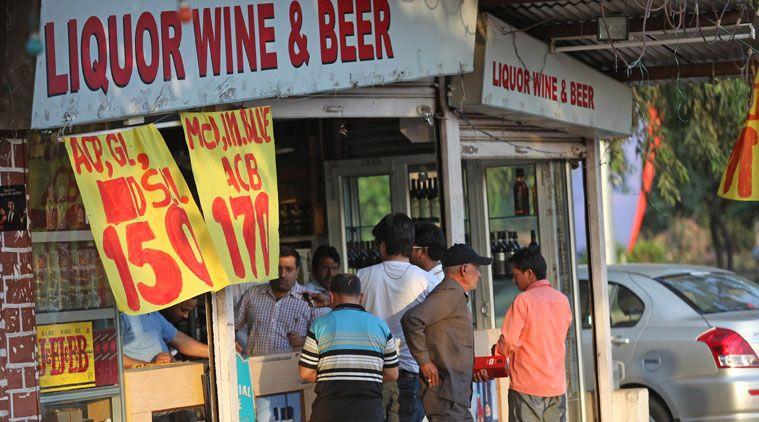 Shut liquor shops along state & national highways by April, don't renew existing licenses: SC