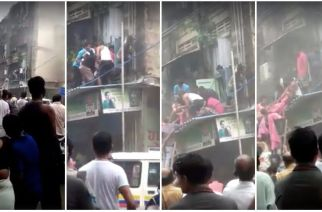 Locals rescue stranded family members from the 1st floor apartment (Screengrabs from the video uploaded by Jia Mumbai)