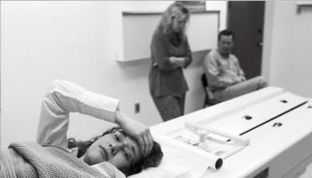 Britney Mott, Thyroid Cancer