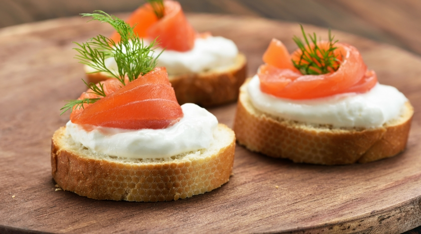 smoked-salmon-canape