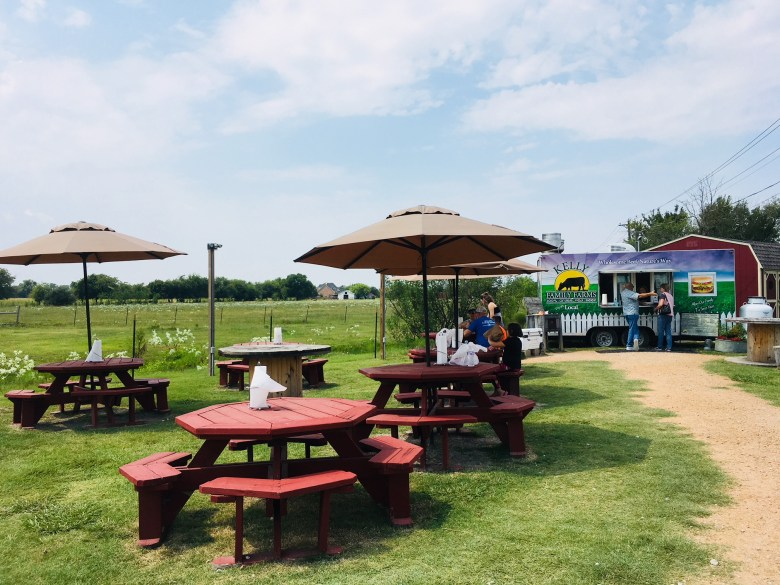 parker, texas, kelly family farms burger stand, grass-fed beef