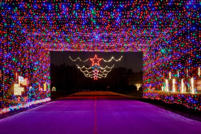 prairie lights drive thru holiday light experience entrance small 1