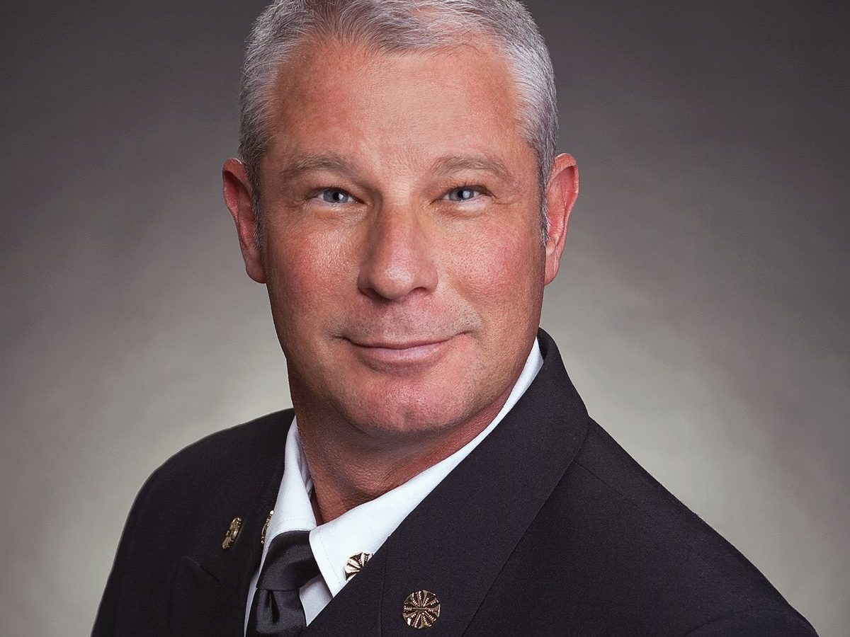 sam grief has been appointed to serve as chairman of the international association of fire chiefs' (iafc) terrorism and homeland security committee.