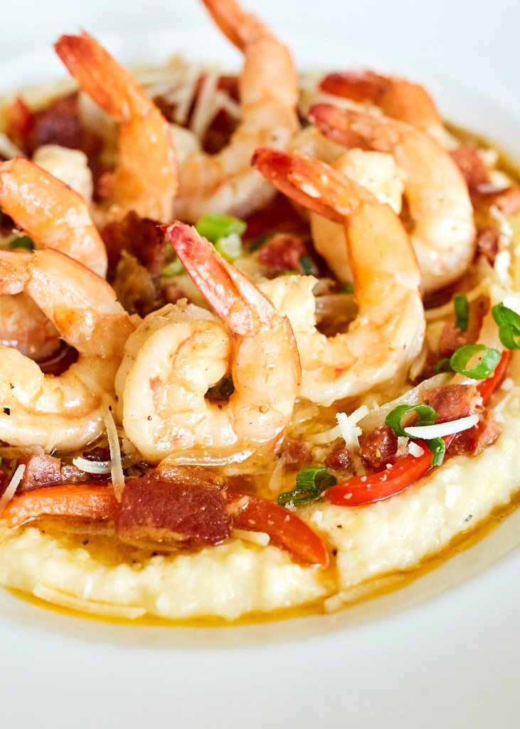 the shrimp and grits at fish city grill.