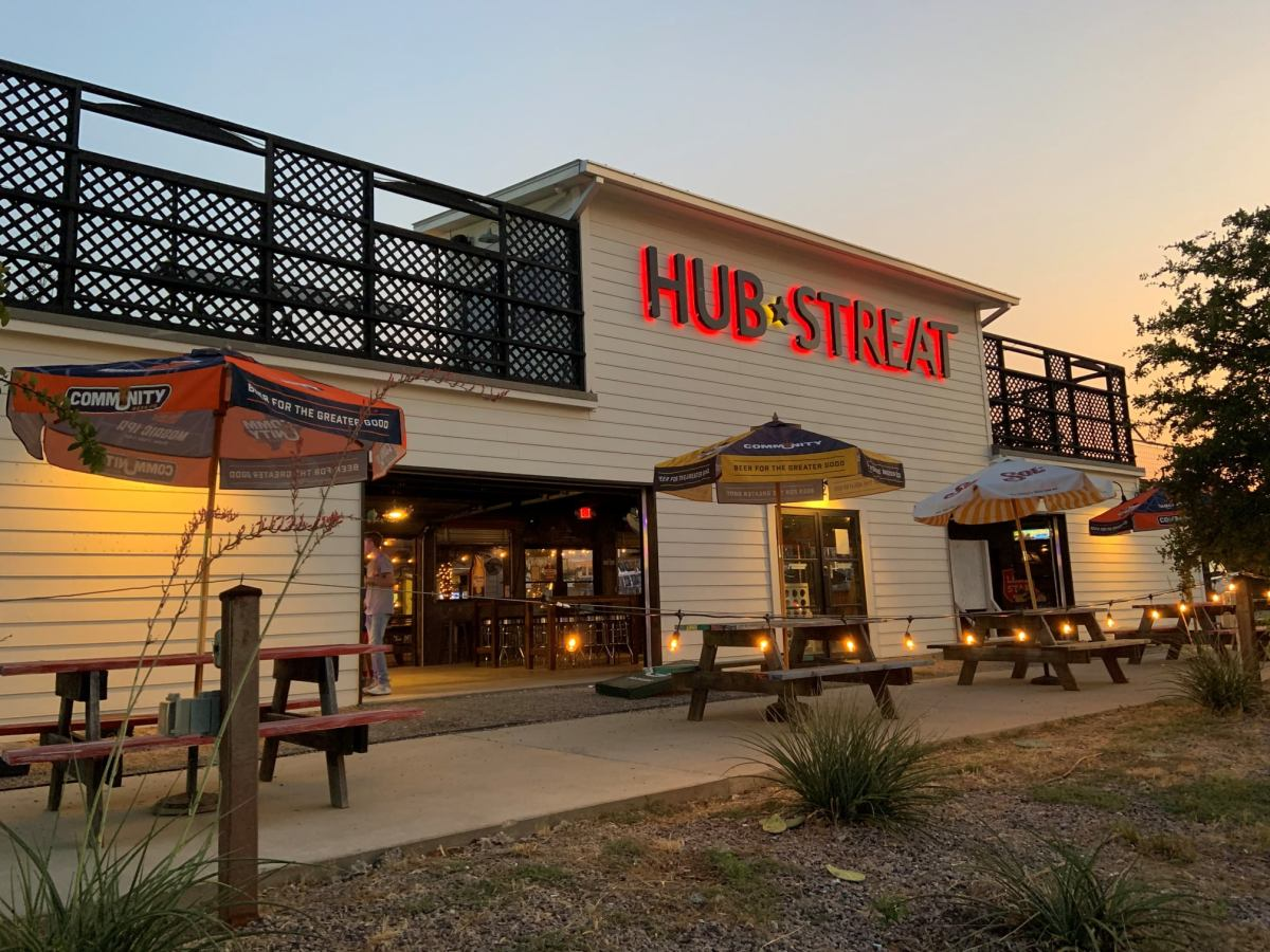 hub streat was known for its spacious patio, hearty burgers and iconic pizza varieties | via facebook/hub streat